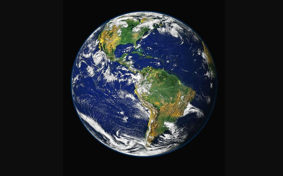La Terre est Amour